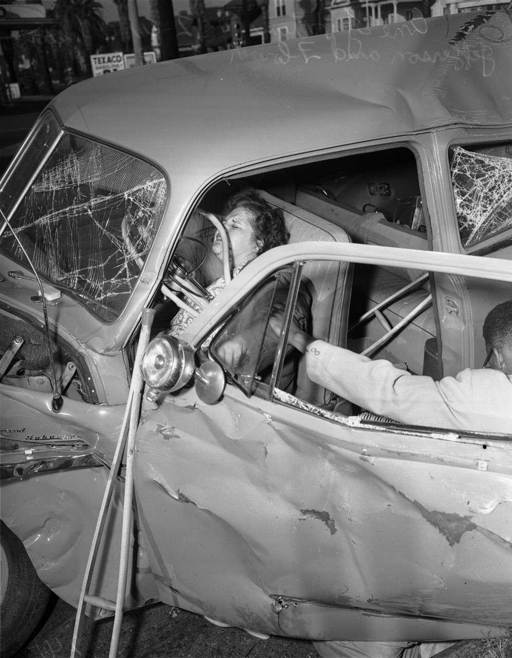 Black Comic Dead Car Crash